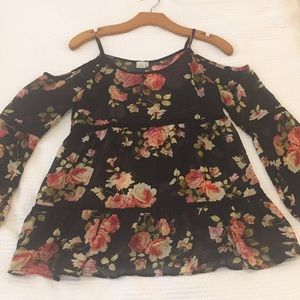 Paper Crane Floral Babydoll Flare Sleeve Blouse